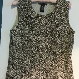 Sarah Spencer silk blend top leopard SZ M.